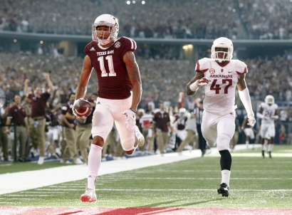 josh-reynolds-ncaa-football-arkansas-vs-texas-am